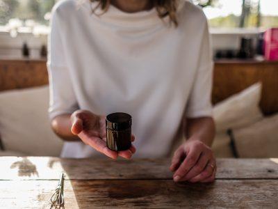Lippenbalsam mit Granatapfel Regenerations-Öl + Verlosung