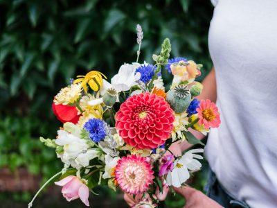 Blumenstrauß binden
